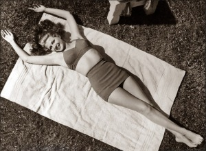 rita hayworth hourglass